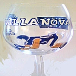Hand painted Football Glasses Of  Villanova University, Sports Glasses