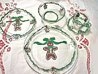 Christmas Gingerbread Dinnerware