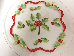 Christmas Plates With Holly Berries