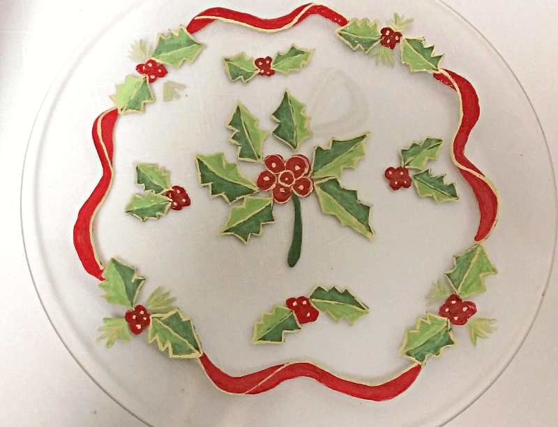 Christmas Dinnerware With Holly Berries