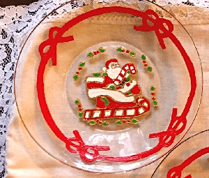 Christmas Plates Santa Or Christmas Tree
