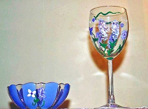 Custom Wine Glasses Purple Wisteria Blossoms
